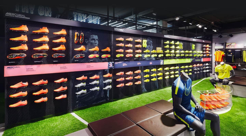 Nike – 11 Team Sport